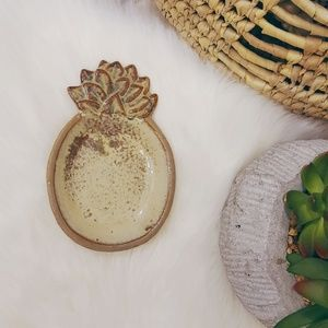 Vintage Ceramic Pineapple Wall Decor